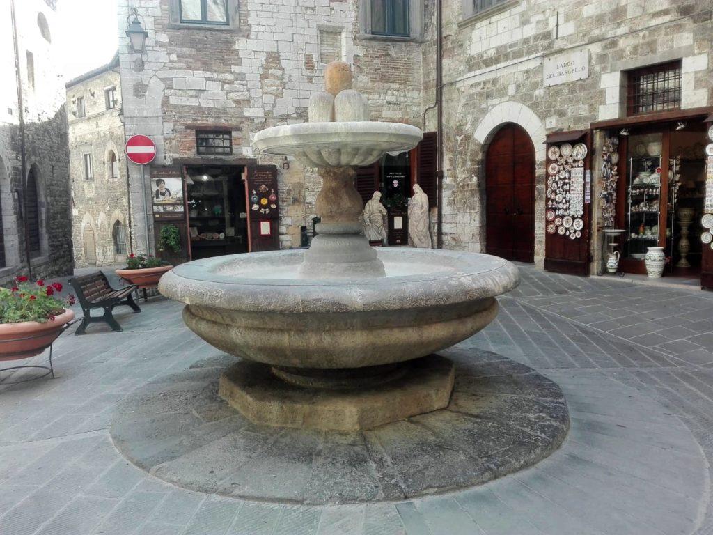 """Fontana di San Giuliano detta """"del Bargello"""""""