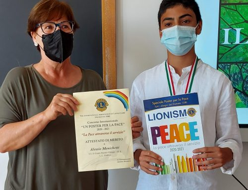 Premiazione UN POSTER PER LA PACE (2)